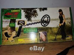 Garrett Ace 150 Metal Detector with box and accessories