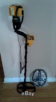 Garrett Ace 350 Metal Detector Preowned For Parts or Repair Includes Accessories