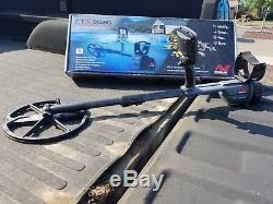 MINELAB CTX 3030 waterproof metal detector. Barely out of the box and pristine