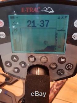 Minelab Etrac metal detector with accessories