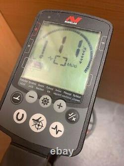 (NE6) Minelab Metal Detector Equinox 800